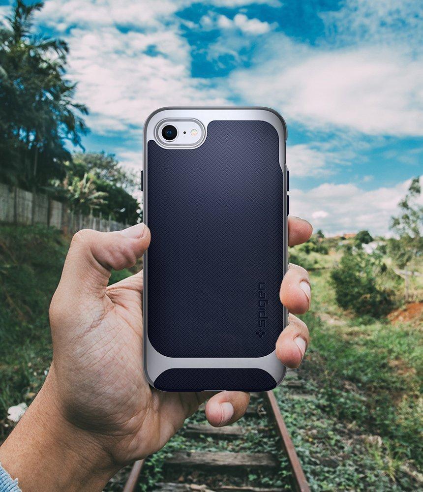 Apple iPhone 8 / 7 Original Spigen Case Neo Hybrid Herringbone - Satin Silver